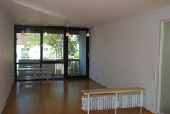 reserved-residential 3 bedroom apartment-5-10 min. walk to panzer in Stuttgart, GE