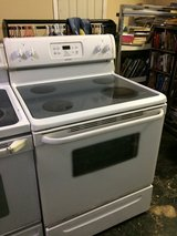 Tappan Electric Flat Glass Top Stove Oven in Leesville, Louisiana