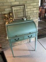 Roll top desk. Vintage. in The Woodlands, Texas