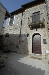 Home for sale in Introdacqua, Italy in Vicenza, Italy