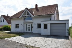 Beautiful 280 sqm FS House in Kühbörncheshof (Suburb of Katzweiler) right in Mother Nature in Ramstein, Germany