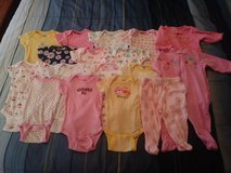 0-3 month girl clothes in 29 Palms, California