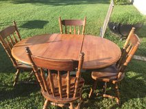 Antique Dining Table. in Elizabethtown, Kentucky