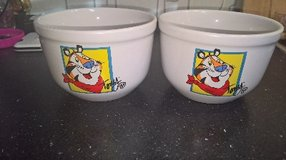 Kellogg's Frosted flakes Tony the Tiger Ceramic Cereal Bowls in Ramstein, Germany