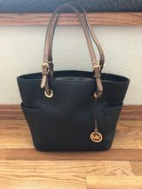 Michael Kors Jet Set Tote  (Awesome Deal) in Fort Carson, Colorado