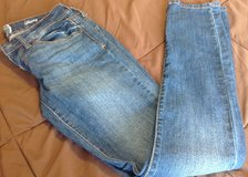 So denim size 7 skinny jeans very good shape in Fort Riley, Kansas