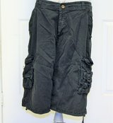 NEW size 34 Black Distressed Shorts Cargo Casual Pockets Drawstring Faded 14 Inseam in Kingwood, Texas