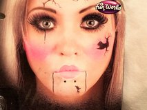 Halloween Make Up Kit Broken Doll Fun World Costume Dress Up Scare Scary in Kingwood, Texas