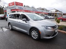 '2017 CHRYSLER PACIFICA 3RD ROW Touring L in Spangdahlem, Germany