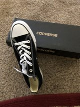 Converse low top shoes..Brand New in Alamogordo, New Mexico