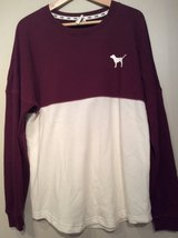 Pink pullover size M in Plainfield, Illinois
