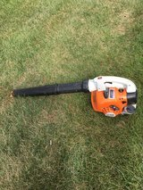 STIHL NEW STYLE BG56C GAS BLOWER STARTS AND RUNS GREAT READY TO WORK in Sandwich, Illinois