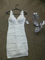Small dress and size 5 1/2 shoes in Camp Pendleton, California