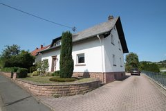 Neidenbach- 7Bd/ 2 Ba Stand Alone House 15 Minutes From Base! in Spangdahlem, Germany