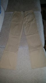 Aeropostale uniform pants girls size 00 S relaxed fit in Leesville, Louisiana