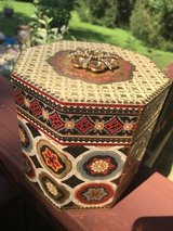 keepsake box in Naperville, Illinois