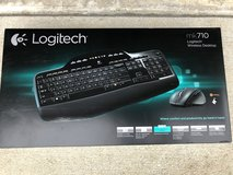 Logitech Wireless Desktop MK710 brand new in Fort Leonard Wood, Missouri