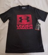Under Armour boys shirt in Shorewood, Illinois