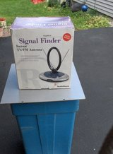 RADIO SHACK AMPLFIED SIGNAL FINDER in Oswego, Illinois