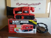 "black and decker belt sander 3""x18"" in Yucca Valley, California"