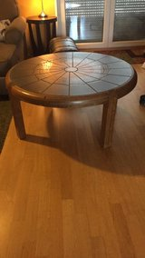 Round Couch or Sofa table in Stuttgart, GE