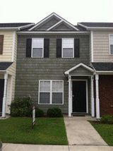 2 Bedroom, 1.5 Bath Townhome in Camp Lejeune, North Carolina