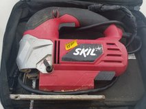 Power tool to cut wood in Fort Campbell, Kentucky