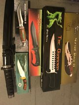 Hunting knives!! in Nellis AFB, Nevada