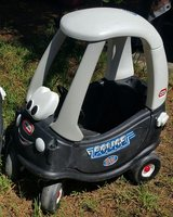 Little Tikes Police Car Cozy Coupe in Kingwood, Texas