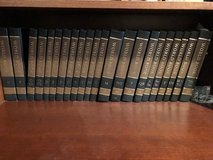 World book Encyclopedia set excellent condition in Yorkville, Illinois