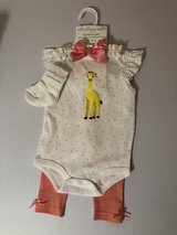 Starting Out girls giraffe outfit in Kingwood, Texas
