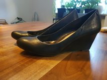 Calvin Klein Wedge Size 7US 37EU in Ramstein, Germany