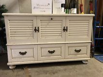 Lane cedar Hope Chest painted white over maple wood used in Ramstein, Germany