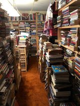 Book business and inventory -- 5000+ books in Tinley Park, Illinois