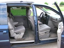 2002 Dodge Grand Caravan in Chicago, Illinois