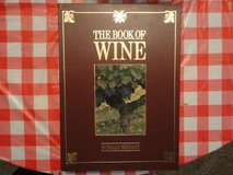 The Book Of Wine - 400 pages overzied boxed hardcover in very good condition in Conroe, Texas