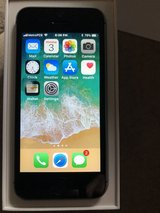 iPhone 5SE 32GB Like new in Bartlett, Illinois
