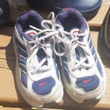 Nikes size 6 (for a 2 year old) in Elgin, Illinois