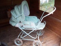 Retro  Stroller-reduced in Ramstein, Germany