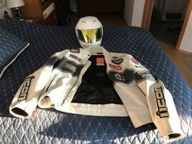 Must sell motorcycle clothes, helmet and jacket with pads (ICON) in Stuttgart, GE
