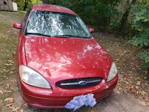 2001 Ford Taurus in Fort Leonard Wood, Missouri