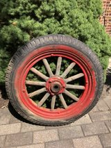 Vintage 1920's Model T Ford Wheel w/ Wooden Spokes! in Naperville, Illinois
