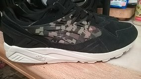 Brand New Mens Size 12 Asics Price is negotiable in Fort Leonard Wood, Missouri