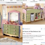 twin size dollhouse bed from Ashley furniture set in Grafenwoehr, GE