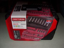 320 pc. set craftsman tools in Fort Knox, Kentucky