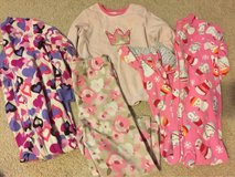girls size 5t pajamas in Aurora, Illinois