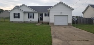***3BEDROOMS & 2BATHROOMS FOR RENT*** in Clarksville, Tennessee