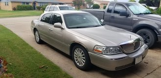 2003 Lincoln town car signature in Lawton, Oklahoma