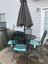 Patio table w/4 Chairs in Warner Robins, Georgia