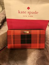 Kate spade wallet, used but very good condition in Okinawa, Japan
